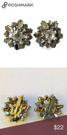 Clear and Gray Rhinestone Clip On Earrings Beautiful Rhinestone Earrings Mid Century Clear and Gray Stones Estate Find 1 inch in diameter Prong Set Stones Perfect for wedding ! Vintage Jewelry Earrings