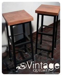 Par De Banquetas Para Desayunador En Madera Y Hierro - $ 1.800,00 en MercadoLibre Bar Chairs, Table And Chairs, Bar Stools, Container Bar, Settee Sofa, Steel Furniture, Wood Table, Wood Projects, New Homes