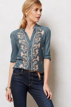 Anthropologie - Sovana Buttondown from Anthropologie. Shop more products from Anthropologie on Wanelo. Chemises Country, Vetements Clothing, Casual Outfits, Cute Outfits, Look Fashion, Womens Fashion, Inspiration Mode, Blouse Outfit, Blue Blouse