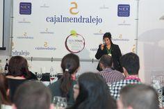 """A las 17:00 horas del viernes 27 de noviembre tenía lugar en el 16º Salón del Vino y la Aceituna de Extremadura la cata """"El cava en España. Elaboración y Características"""" de la mano de la enóloga Mar Galván."""