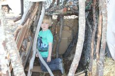 Bush cubby making creativity for kids! #playincursion #cubbymaking #loosepartsplay #natureplaysolutions #outdoorplay