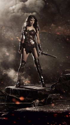 """First image of Gal Gadot as Wonder Woman in Batman vs Superman.Now say the magic words: """"Wonder Woman Movie"""". Superman Wonder Woman, Wonder Woman Film, Wonder Woman Comic, Gal Gadot Wonder Woman, Wonder Women, Wonder Woman Outfit, Batman Vs Superman, Superman Poster, Marvel Dc"""