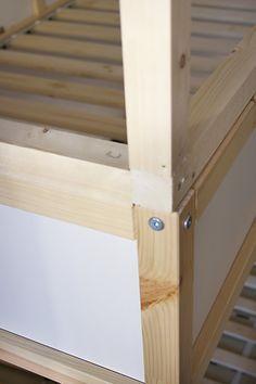 Ikea Kura Hack Step by step Kura Bed, Cama Ikea Kura, Ikea Bunk Bed, Ikea Kura Hack, Ikea Hackers, Bunk Beds, Big Boy Bedrooms, Big Girl Rooms, Kids Bedroom