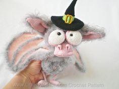 Etsy: Bat Halloween Crochet Pattern. Toy with wire by LittleOwlsHut, R$19,49*