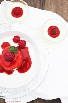 Panna Cotta mit Kokos, Beeren und Rhabarber - Sommer - Dessert - www.candbwithandrea.com - Rezept 4 - Kopie