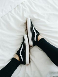 pinterest: @lilyosm | black low top skater vans style shoes teen fashion