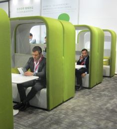 What is up with the pods and the green? I kind of like them, but don't know if our common space would be big enough? Co-working space design inspiration. EWD