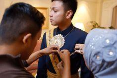Bugis wedding at Ceria Room, Shangrila Jakarta. Decor by Airy Design - www.thebridedept.com