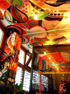 interieur maison hundertwasserhaus wien Architecture insolite : découvrez loeuvre de lautrichien Hundertwasser, inspirée de Gaudi
