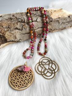 Sautoir avec 2 pendentifs Fleur de Vie et Double infini Creations, Bracelets, Jewelry, Crystal, Double Infinity, Flower Pendant, Life, Bead, Flowers