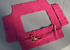 Rug hookeer's Sleeve Saver for rectangular frame fuschia coat wool. - I keep trying to remember to make something similar. So tired of getting picked by the metal pins! Wool Fabric, Wool Rugs, Rug Hooking Frames, Rug Hooking Designs, Rug Inspiration, Small Sewing Projects, Hand Hooked Rugs, Rug Ideas, Penny Rugs