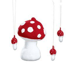 Für dieses Modell benötigen Sie: Für 1 großen und 15 kleine Pilze: Je 100 g Cotonia II in Rot und Weiß. Häkel-N 3,5