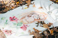 Sling pictat de Elna Sigapova, o adevarata arta accesibila unei mame.  Pe blog gasiti mai multe detalii Mame, How To Wear Rings, Ring Sling, Baby Wearing, Blog, Design, Babywearing, Baby Slings, Blogging