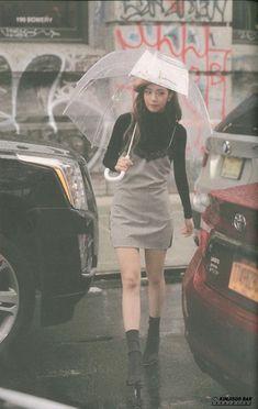 Your source of news on YG's biggest girl group, BLACKPINK! Blackpink Fashion, Korean Fashion, South Korean Girls, Korean Girl Groups, Lisa Park, Black Pink ジス, First Date Outfits, Blackpink Photos, Jennie Blackpink
