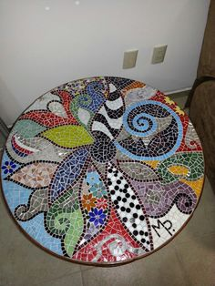 Mosaic Artwork, Mosaic Wall Art, Mirror Mosaic, Mosaic Glass, Mosaic Tiles, Glass Art, Mosaic Crafts, Mosaic Projects, Mosaic Patio Table