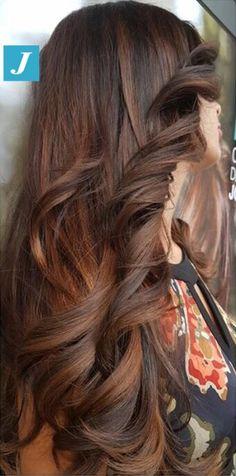 L'irresistibile bellezza del Degradé Joelle  #cdj #degradejoelle #tagliopuntearia #degradé #igers #musthave #hair #hairstyle #haircolour #longhair #ootd #hairfashion #madeinitaly #wellastudionyc