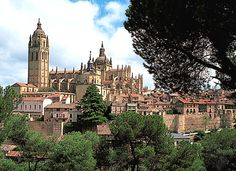 Segovia...the Cathedral, the ancient Aqueduct, the roast suckling pig...wonderful!