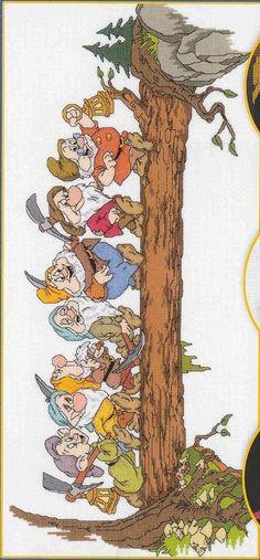 Snow White And The Seven Dwarfs ~ Saved from facilisimo.com