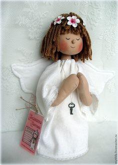 Ангел с ключиком от счастья - белый,ангел,ангелочек,ангелочки,подарок подруге