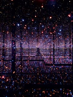 Yayoi Kusama, <em>Infinity Mirrored Room—Filled with the Brilliance of Life</em>, 2011