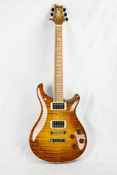 Paul Reed Smith, Prs Guitar, Guitar Solo, Famous Guitars, Music Rooms, Guitar Collection, Beautiful Guitars, Axe, Bicycles