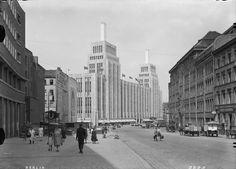 Berlin, Karstadt and Hermannplatz, German Architecture, Ancient Architecture, West Berlin, Art Nouveau, Zaha Hadid, Berlin Germany, Historical Photos, Old Photos, Berlin