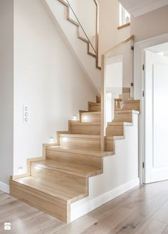 Modern House Stairs Design Cool Collection Schody Dywanowe Na Betonie Zdjęcie Od Stolarnia Rzepa Schody Home Stairs Design, Interior Stairs, Home Interior Design, House Design, Staircase Lighting Ideas, Staircase Handrail, New Bedroom Design, Glass Stairs, Stair Decor