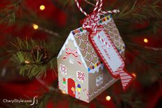 #free #printable gingerbread house #ornament—perfect for holding gift cards | CherylStyle.com