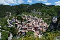 Subiaco, a small town outside of Rome - places in Lazio Day Trips From Rome, Lucrezia Borgia, Cities In Italy, Vatican City, Small Towns, Dolores Park, Castle, Around The Worlds, Italy