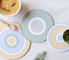 Fantastic flexible and very stylish in the middle of the table. One to impress your guests! See the complete range of melamine at Sue Ure Ceramics. Mid Century Design, Contemporary Interior, Middle, Product Launch, Range, Ceramics, Stylish, Ceramica, Cookers