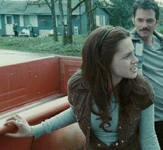 twilight i read it watch it and everything i love it