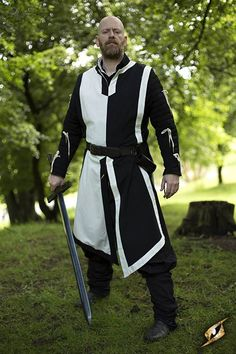 War Tabard - Black & White, Larp Inn- Knight - Epic Armoury