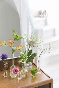 Spring is in the air in this lovely Dutch home. Photo: Magriet Hoekstra. Styling: Barbara Natzijl (BoulevardB). VT Wonen.