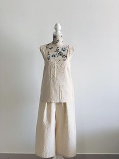 Women Two-Piece Set Crinkled Cross Back Pinafore Top Criss Minimal Photo, Two Piece Sets, Crinkles, Im Not Perfect, Cotton Fabric, White Dress, Studio, Trending Outfits, Top