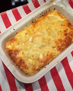 Tasty, Yummy Food, Food And Drink, Pizza, Cheese, Recipes, Salads, Delicious Food