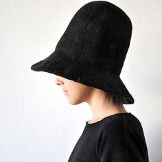 this hat • album di famiglia.  no more problem about my bun!!!