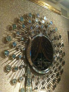 Peacock mirror Peacock Room Decor, Peacock Bathroom, Peacock Mirror, Bedroom Wallpaper Laura Ashley, Interior Decorating Tips, Interior Design, Luxury Mirror, Shabby Chic Gifts, Grey Pictures