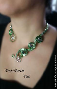 "collier tout alu "" Trois Perles"" vert"