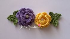 Come fare le rose all'uncinetto arrotolate: schemi e tutorial - manifantasia Sunburst Granny Square, Rosettes, Crochet Flowers, Diy And Crafts, Crochet Earrings, Projects To Try, Knitting, Grande, Pink