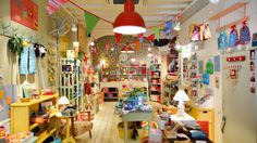 What I wished my dream store would look like, but with muted colors, pastels and a vintage vibe. <3  Ivo & Co   Barcelona, Spain
