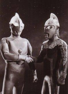 An epic handshake between Ultraman and Ultra Seven! <3