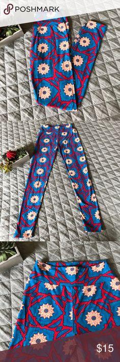 ✨SALE✨•LuLaRoe leggings• Never been worn and mint condition!!!! LuLaRoe Pants Leggings