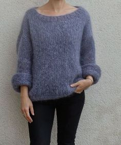 Discover thousands of images about Tricolyne: Mon premier pull / Le pull de danseuse ! Budget Planer, Angora, Sweater Knitting Patterns, Sweater Weather, Diy Fashion, Knitwear, Knit Crochet, Sweaters, Clothes