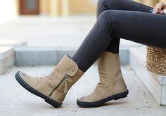 Handmade Women Shoes, Flat Short Boots,