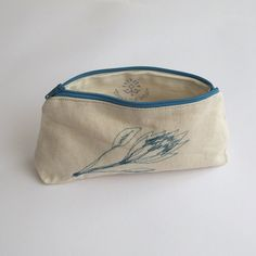 Hemp Fabric, How To Draw Hands, Pouch, Rooms, Artists, Bags, Collection, Fashion, Bedrooms