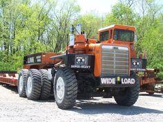 Big Old Mack Trucks.Truck and Van Old Mack Trucks, Big Rig Trucks, Semi Trucks, Cool Trucks, Custom Trailers, Trailers For Sale, Heavy Duty Trucks, Heavy Truck, Truck Transport
