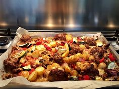 Grilled vegetables with Italian seasoned minced meat and mozzarella - İtalian cuisine I Love Food, Good Food, Wine Recipes, Cooking Recipes, Cooking For Dummies, Healthy Cooking, Healthy Recipes, Oven Dishes, Happy Foods