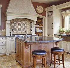 This is my dream kitchen! I wouldn't mind spending endless hours cooking and cleaning in a beautiful Tuscany style kitchen like this. Love the back splash, floor tiles, and the rustic cabinets. Kitchen Tiles, Kitchen Flooring, New Kitchen, Kitchen Decor, Kitchen Hoods, Stylish Kitchen, Country Kitchen, Kitchen Island, Tuscan Home Decorating