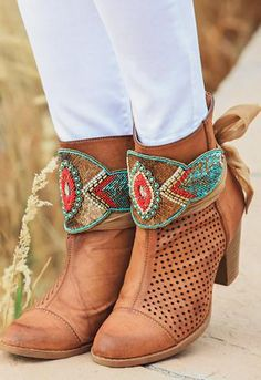 The Tucson Boot Wrap