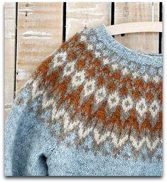 yoke pullover pattern: Riddari by Védís Jónsdóttir Fair Isle Knitting Patterns, Knit Patterns, Tejido Fair Isle, Jersey Jacquard, Nordic Sweater, Icelandic Sweaters, Fair Isles, How To Purl Knit, Baby Sweaters